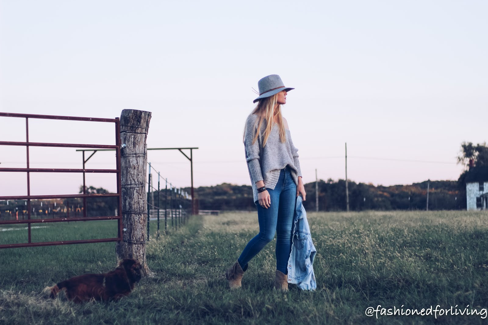 fall cowgirl boots outfit