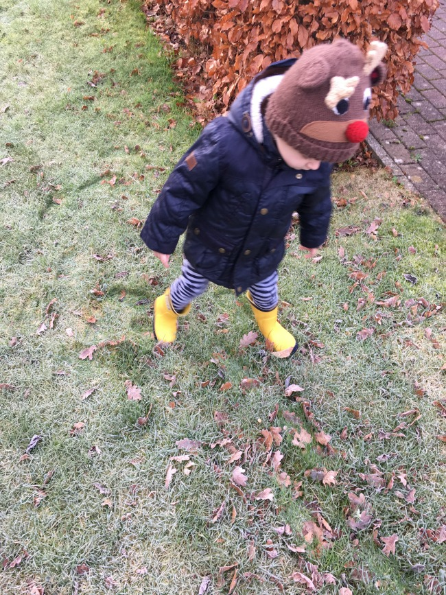 toddler-on-frosty-grass