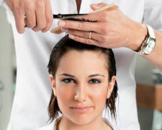 Tips Saat Potong Rambut di Salon