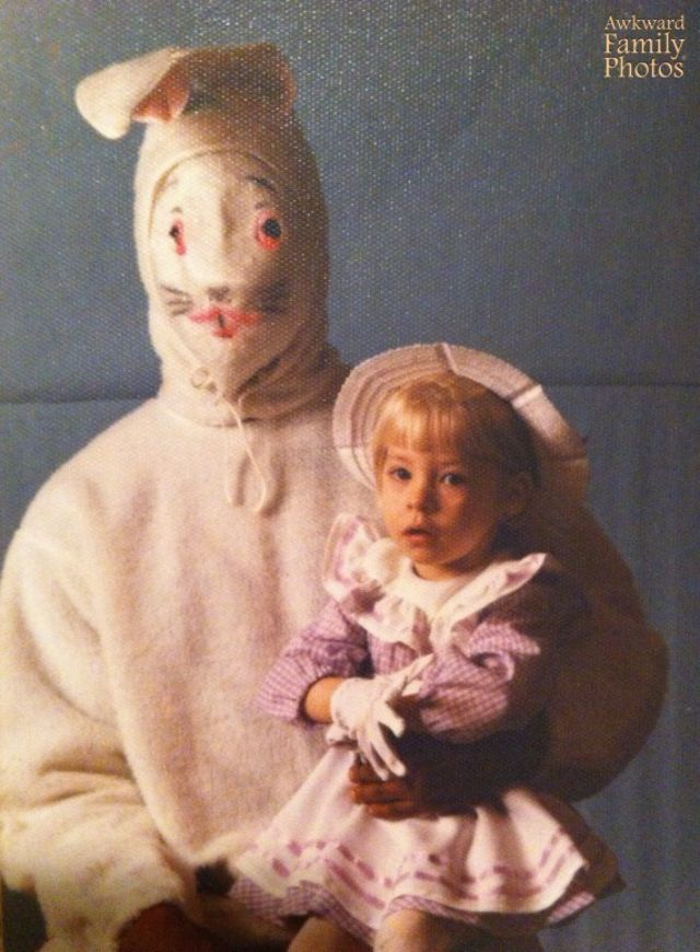 22 Candid Snapshots Of Terrifying Easter Bunnies From The