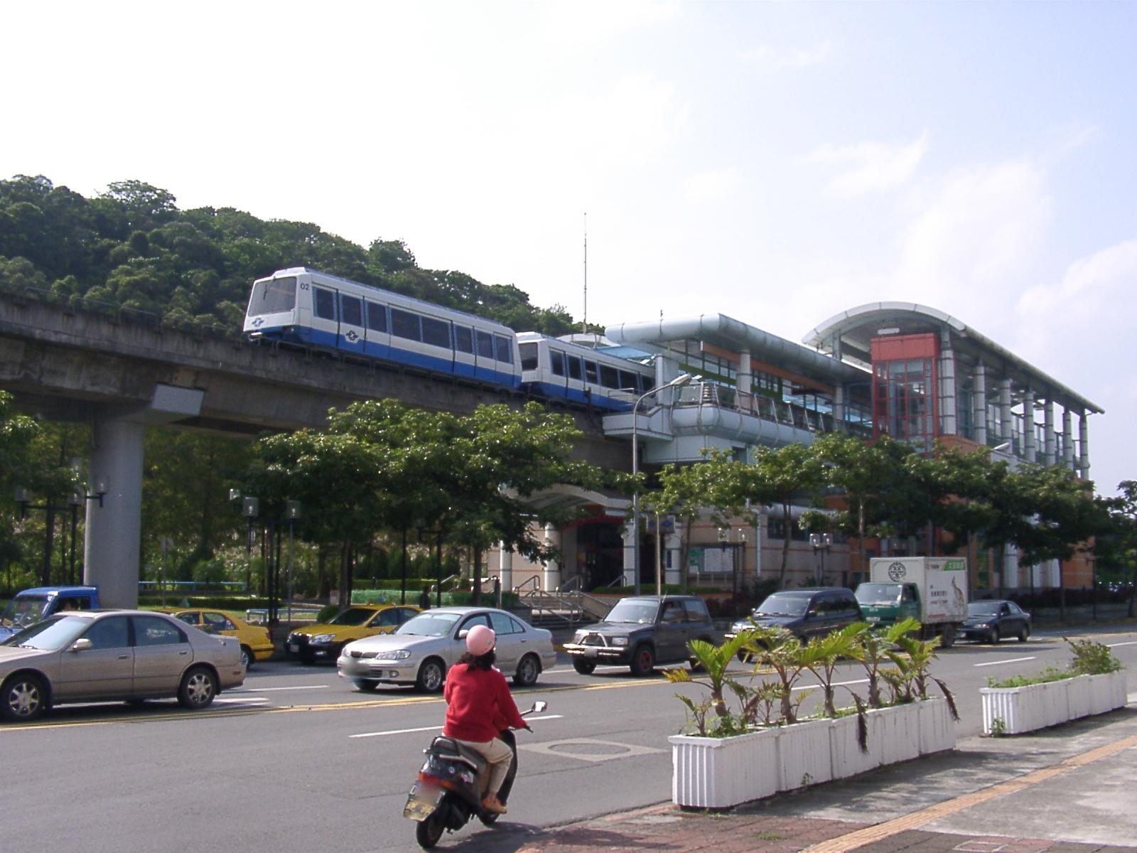 悠遊台灣-捷運萬芳社區站