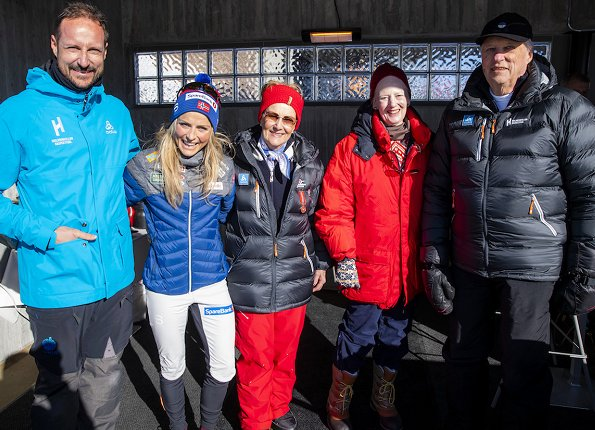 Queen Sonja, Crown Prince Haakon, Crown Princess Mette-Marit, Princess Ingrid Alexandra, Prince Sverre Magnus and Queen Margrethe