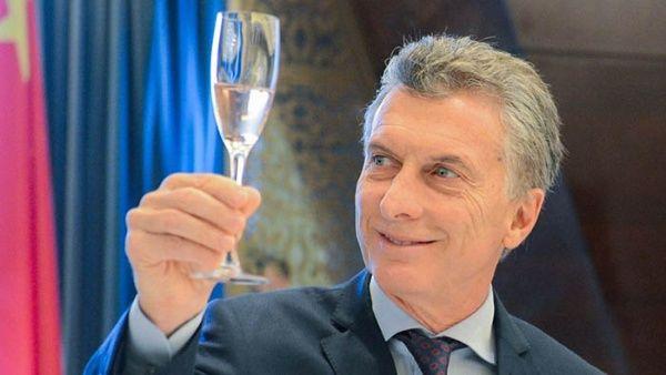 Emisión de deuda en Argentina supera los 130 mil mdd con Macri