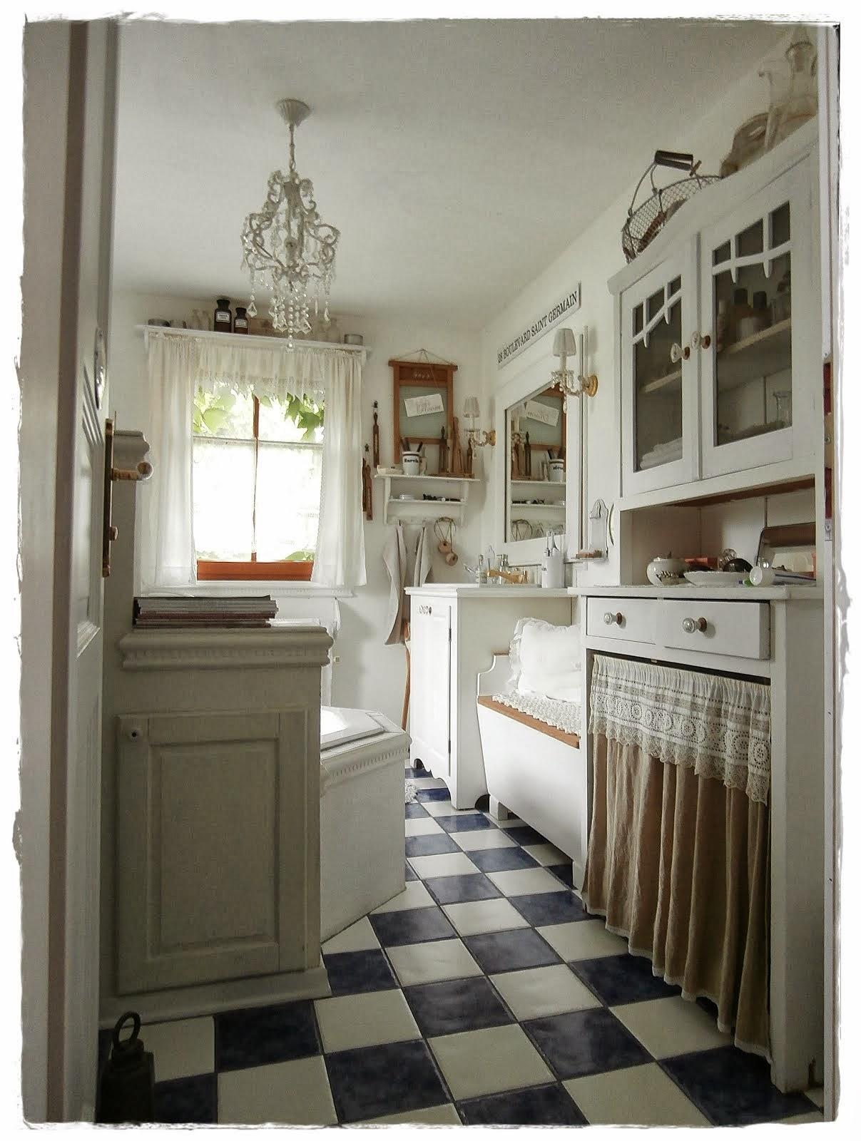 2 bad. Black Bedroom Furniture Sets. Home Design Ideas
