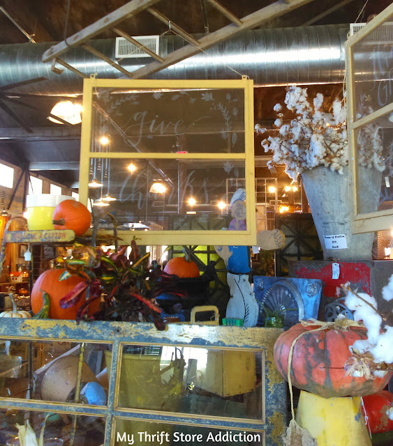 antiquing in Comfort, Texas