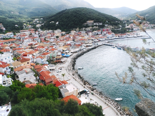 Parga, coastal town and greek resort in the bay of Ionian sea.Parga grcko letovaliste na obali Jonskog mora.Parga travel guide.Parga photos.Parga view from Kastro.