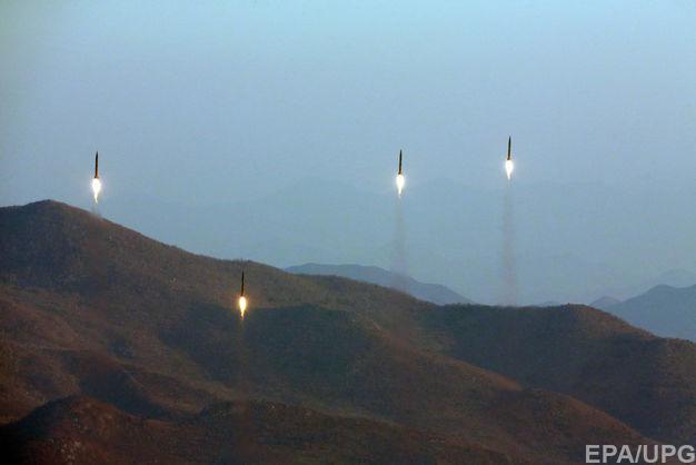 Авіабаза урядових військ у Сирії зазнала масованого ракетного обстрілу