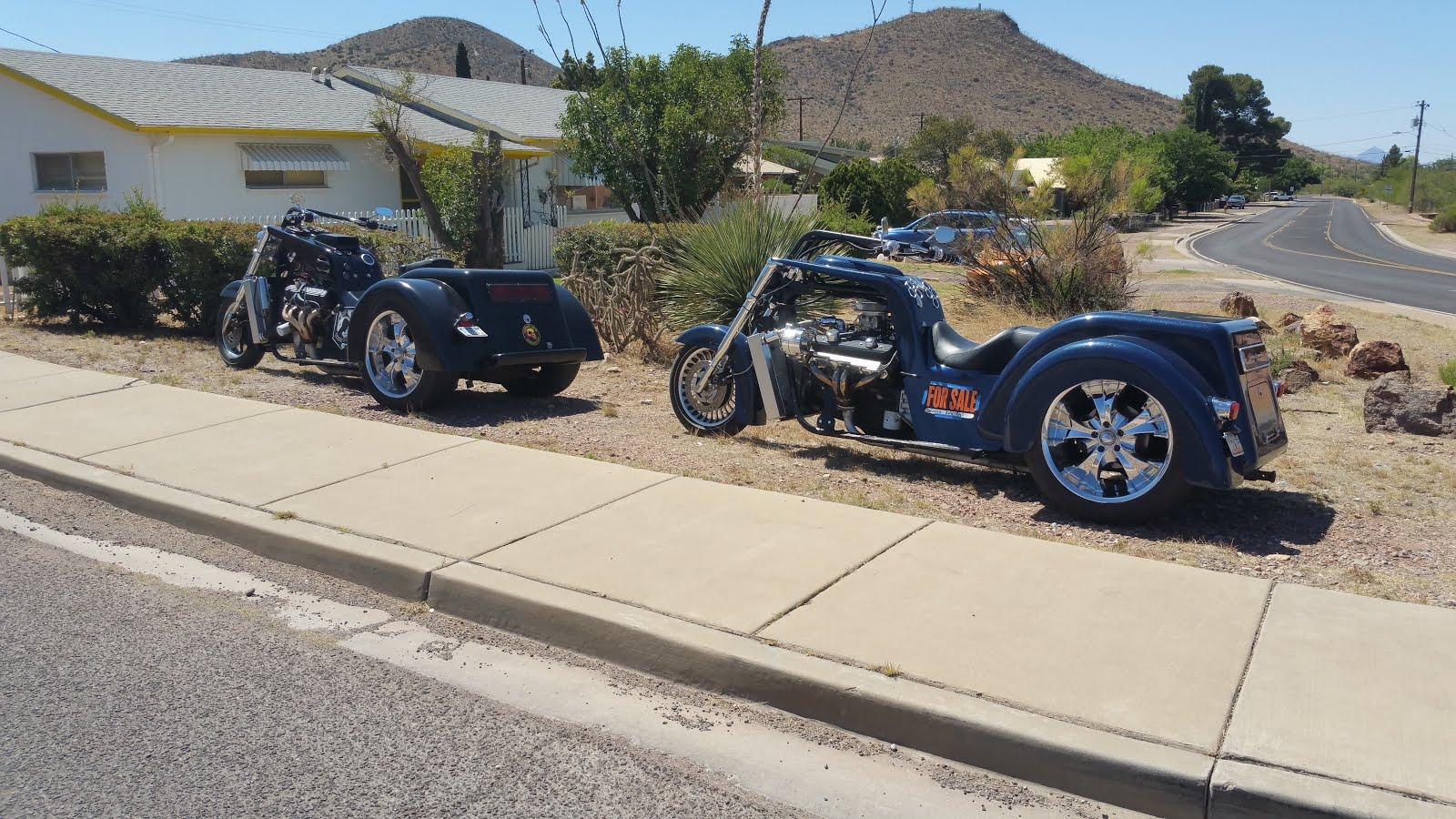 v8 trike black and blue