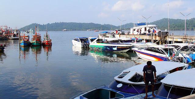 Similan Islands Pier at Lam Ru