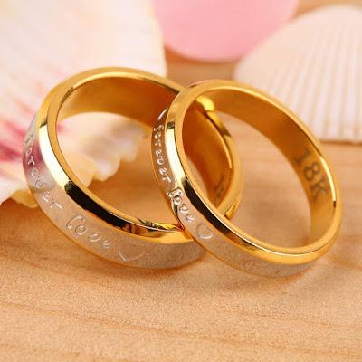 cincin tunangan biasa
