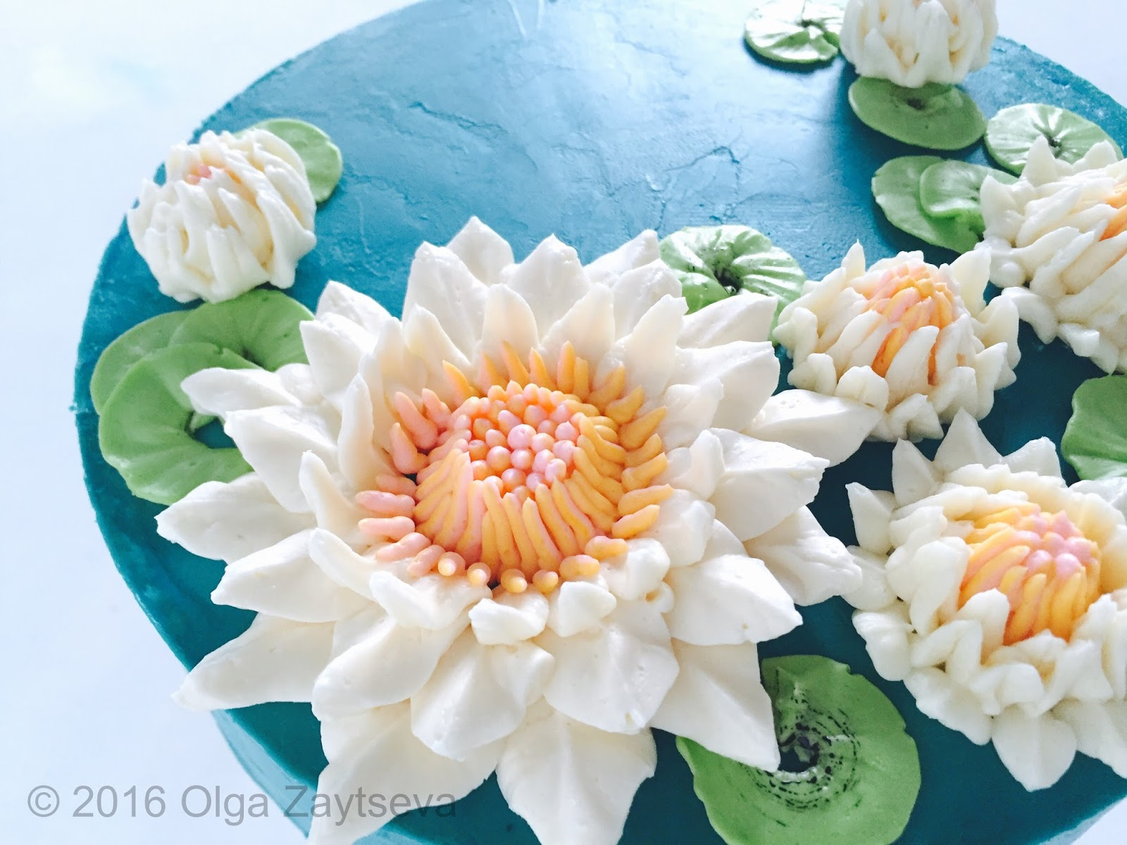 how to make cke deceration flowers