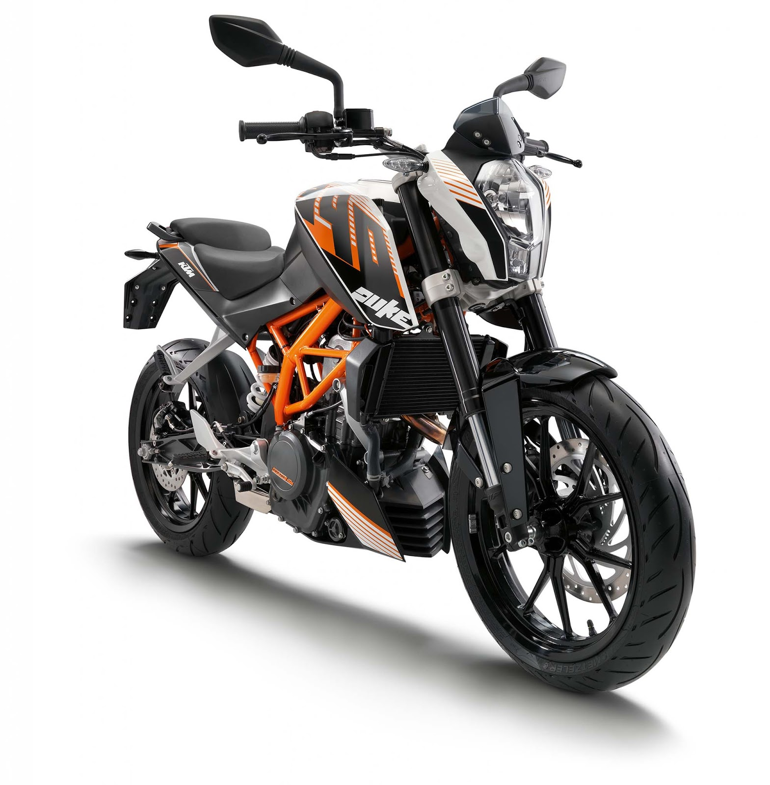 wheels culture the new ktm duke 390. Black Bedroom Furniture Sets. Home Design Ideas