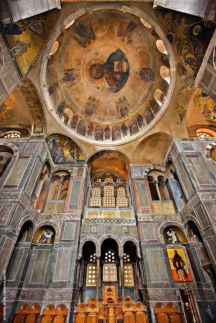 Ο ναός του Οσίου Λουκά