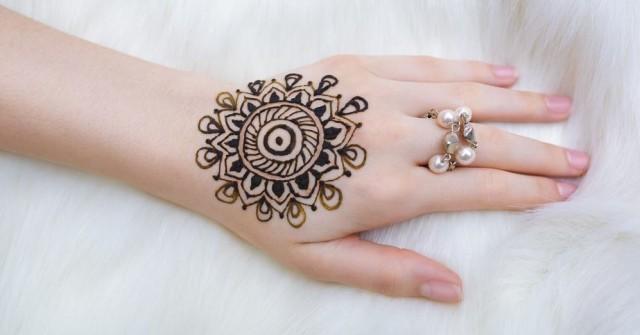 15 Model Henna Tangan Simple Untuk Pemula  Bagaimanacaraa