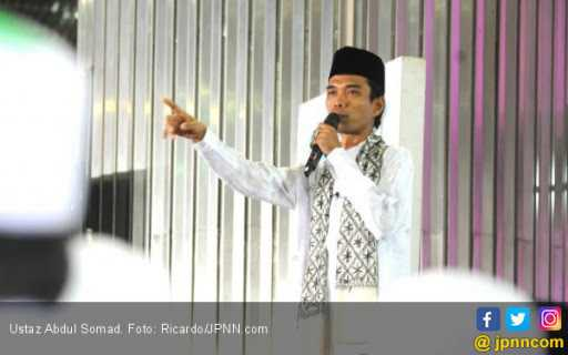 Ustaz Abdul Somad Batalkan Ceramah di Jatim dan Jateng