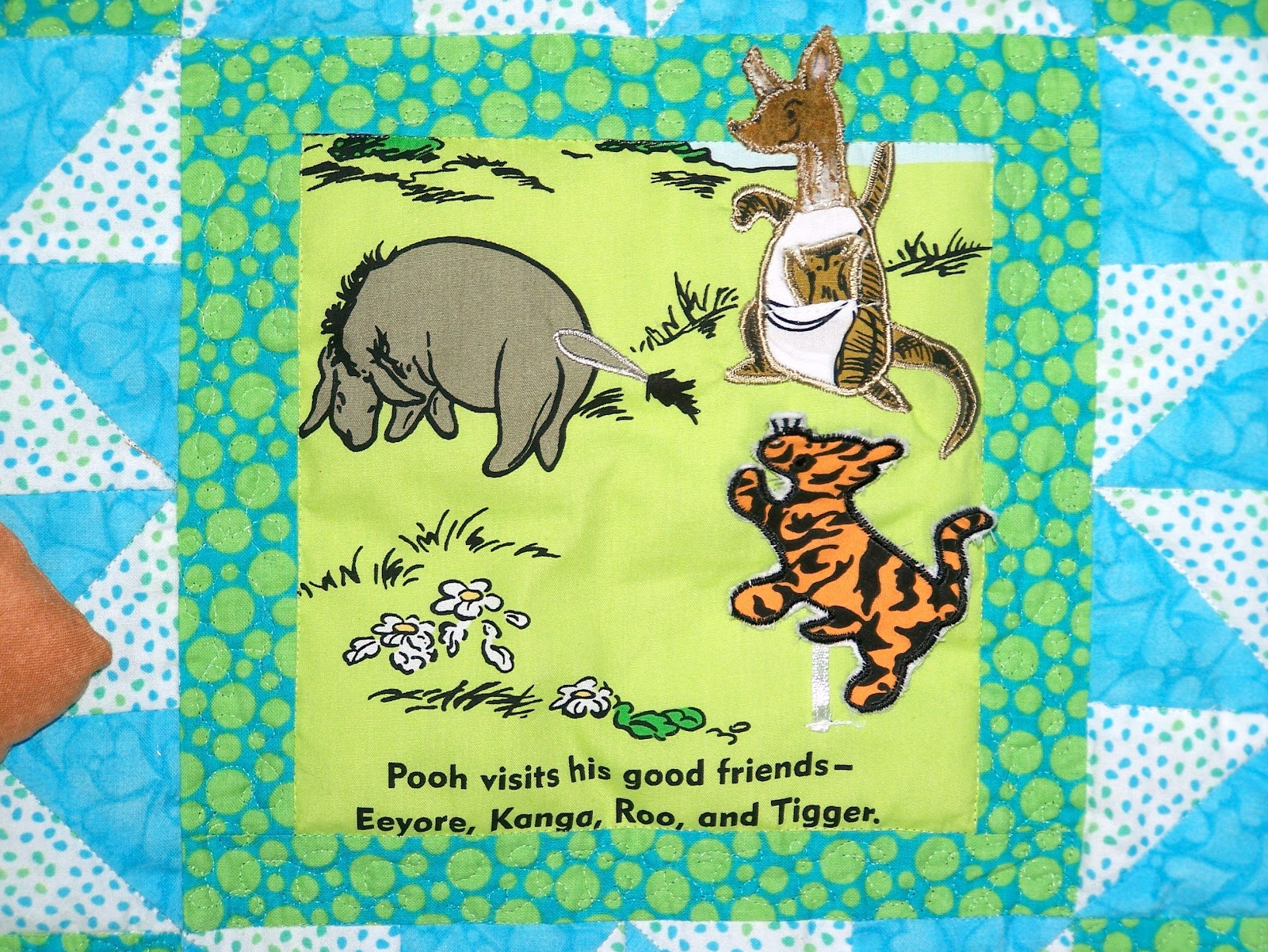 Damsel Quilts Amp Crafts Winnie The Pooh Storybook Quilt