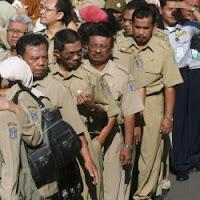 http://jobsinpt.blogspot.com/2012/03/rapel-kenaikan-gaji-pns-akan-cari-pada.html