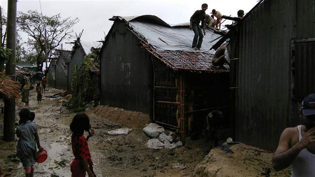 Cyclone Mora kills five, damages thousands of homes in Bangladesh