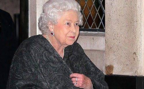 Photos: Queen Of England Steps Out For A Friend's Birthday