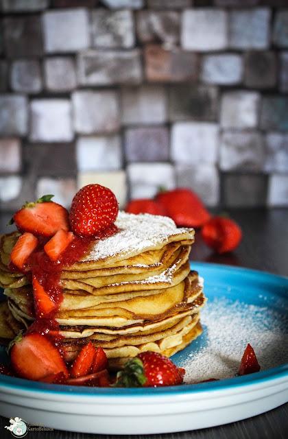 Pancakes mit Ricotta und Erdbeeren