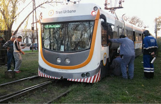 Santa Fe - Descarriló el Tren Urbano