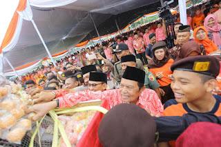 Kenduri 5000 Layah dan Gunungan Onde-onde Warnai Maulid Nabi Muhammad SAW