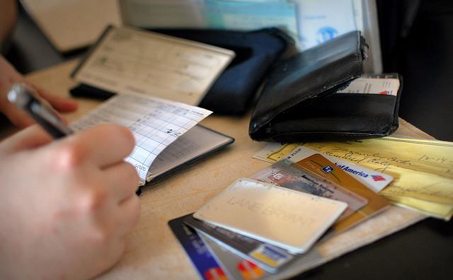 Tips  Mengelola Keuangan Agar Hemat