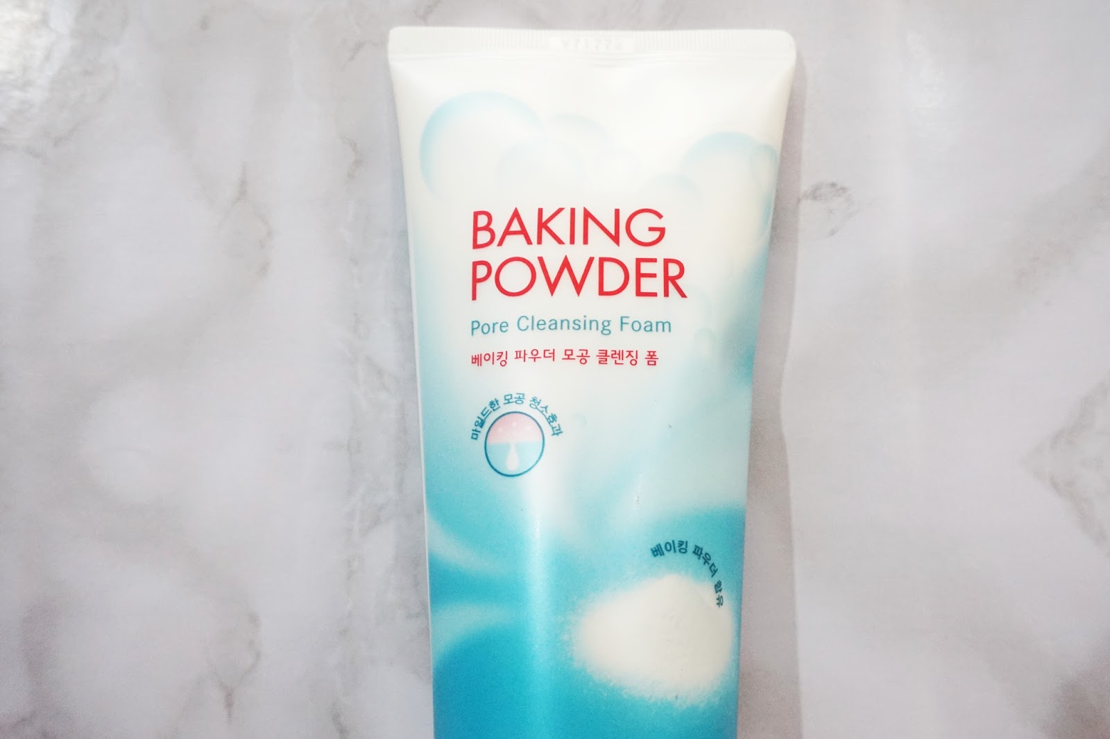 etude house baking powder cleansing foam