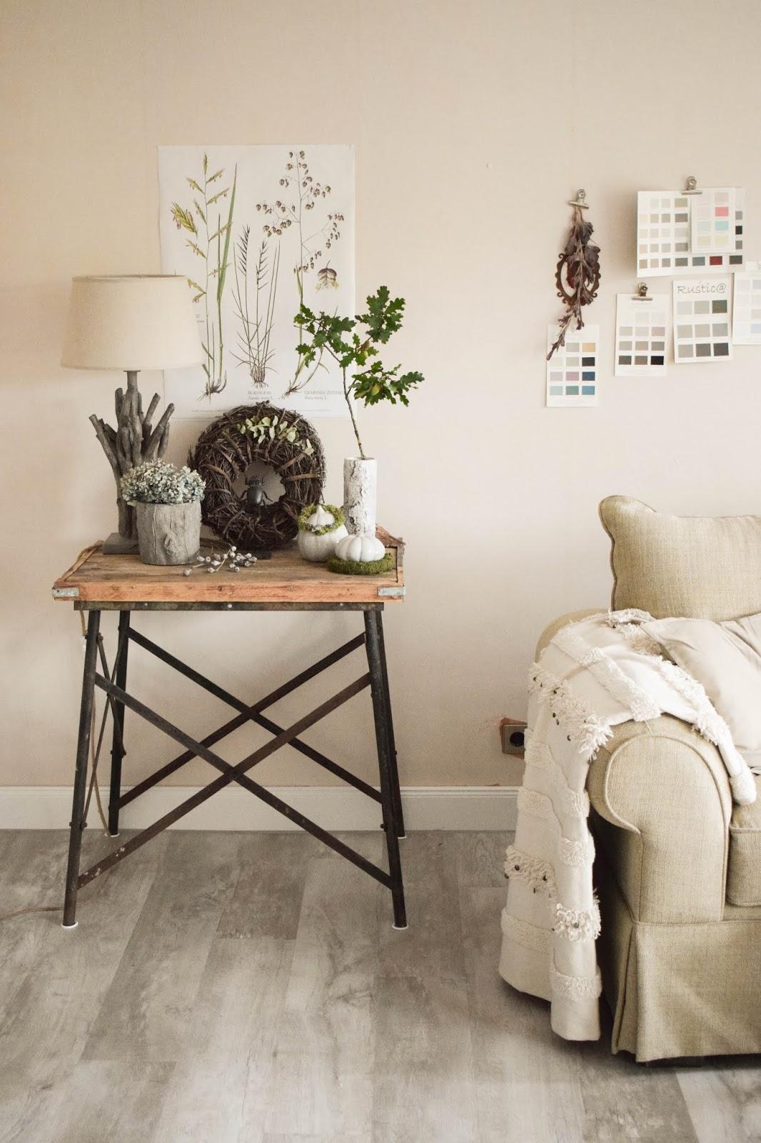 Deko Herbst für Konsole und Sideboard. Herbstdeko Dekoidee Wohnzimmer Dekoration botanisch natuerlich dekorieren 1