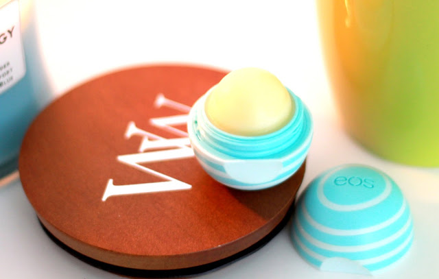 EOS Vanilla Mint lip balm for beautiful soft kissable lips by lifestyle blogger iga berry