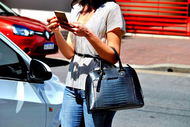 como llevar jeans, como llevar look elegante usando jeans, outfit, mislooks, consejos, tips de moda, asesora de imagen, july latorre, julieta latorre