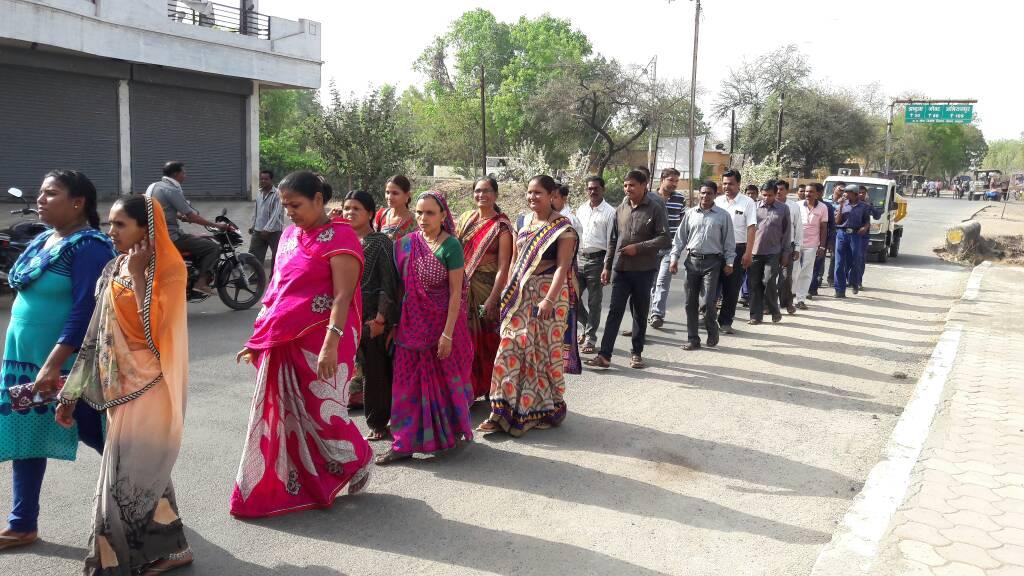 Voter-awareness-rally-was-taken-in-Thandla-थांदला मे मतदाता जागरूकता रैली निकाली गई