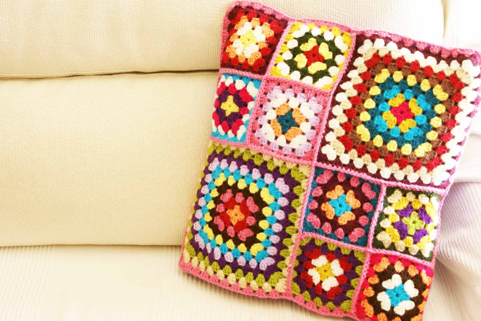 Como Hacer Cojines De Ganchillo Enganxart Crochet And More Cojines Granny Square