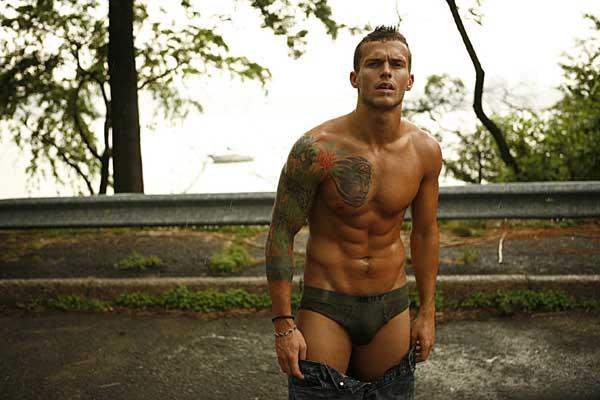 Gay Undressing 19