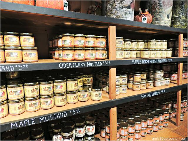 Salsas Artesanas en la Tienda de la Cold Hollow Cider Mill en Vermont