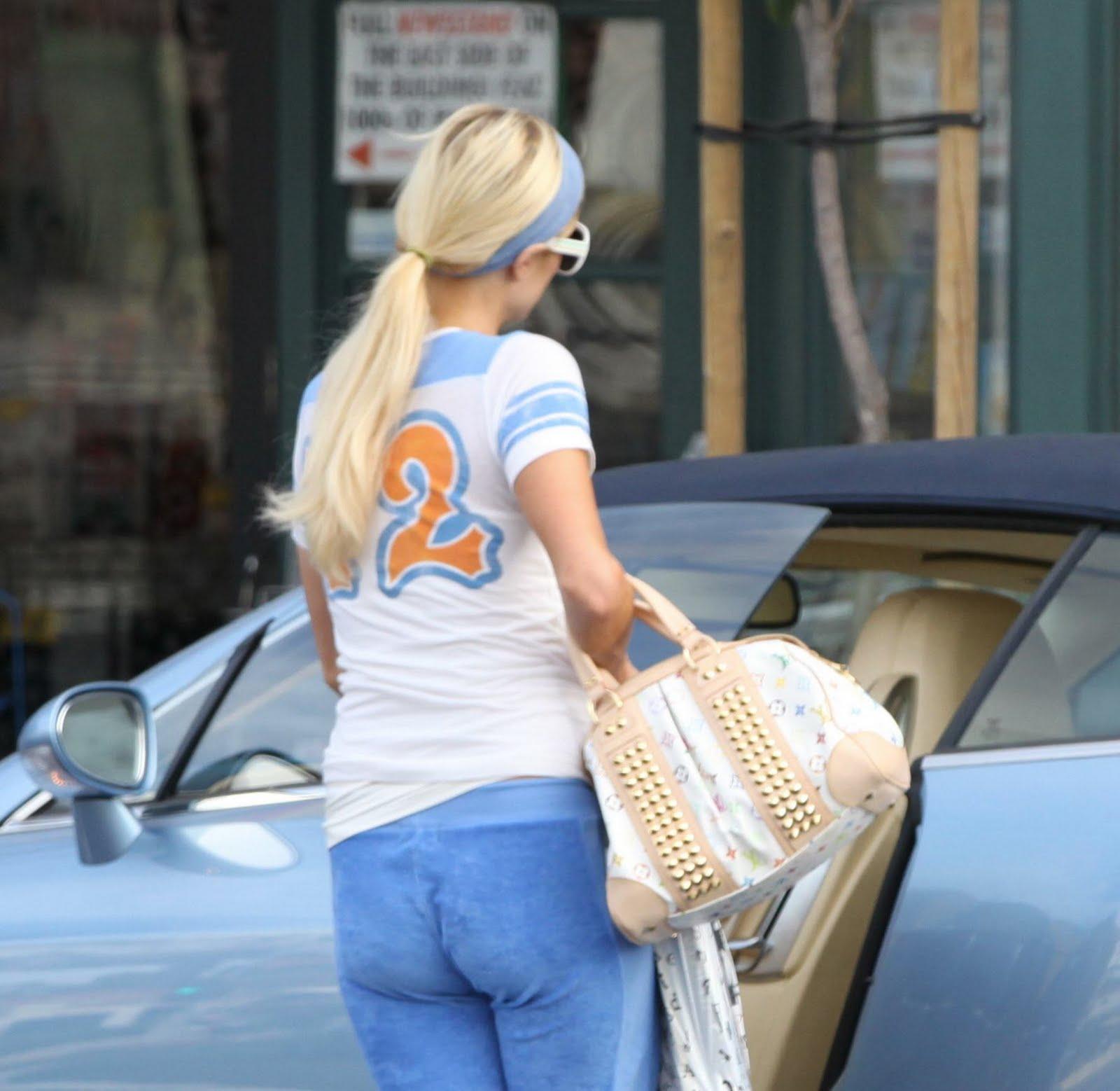 Paris Hiltons Ass 51
