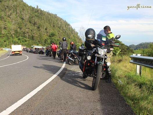 jalan tembus Tawangmangu ke Sarangan
