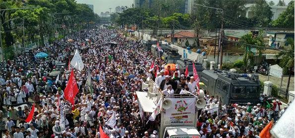 Tagar #TangkapPenjarakanSukmawati Digalang, Pengacara Senior Minta Polri Dengar 'Aksi Bela Islam 64'