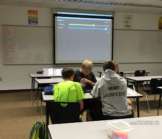 Students play Quizlet Live in class  www.traceeorman.com
