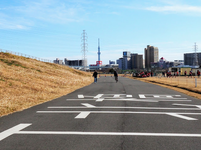 荒川自転車道 江北ジャンクション