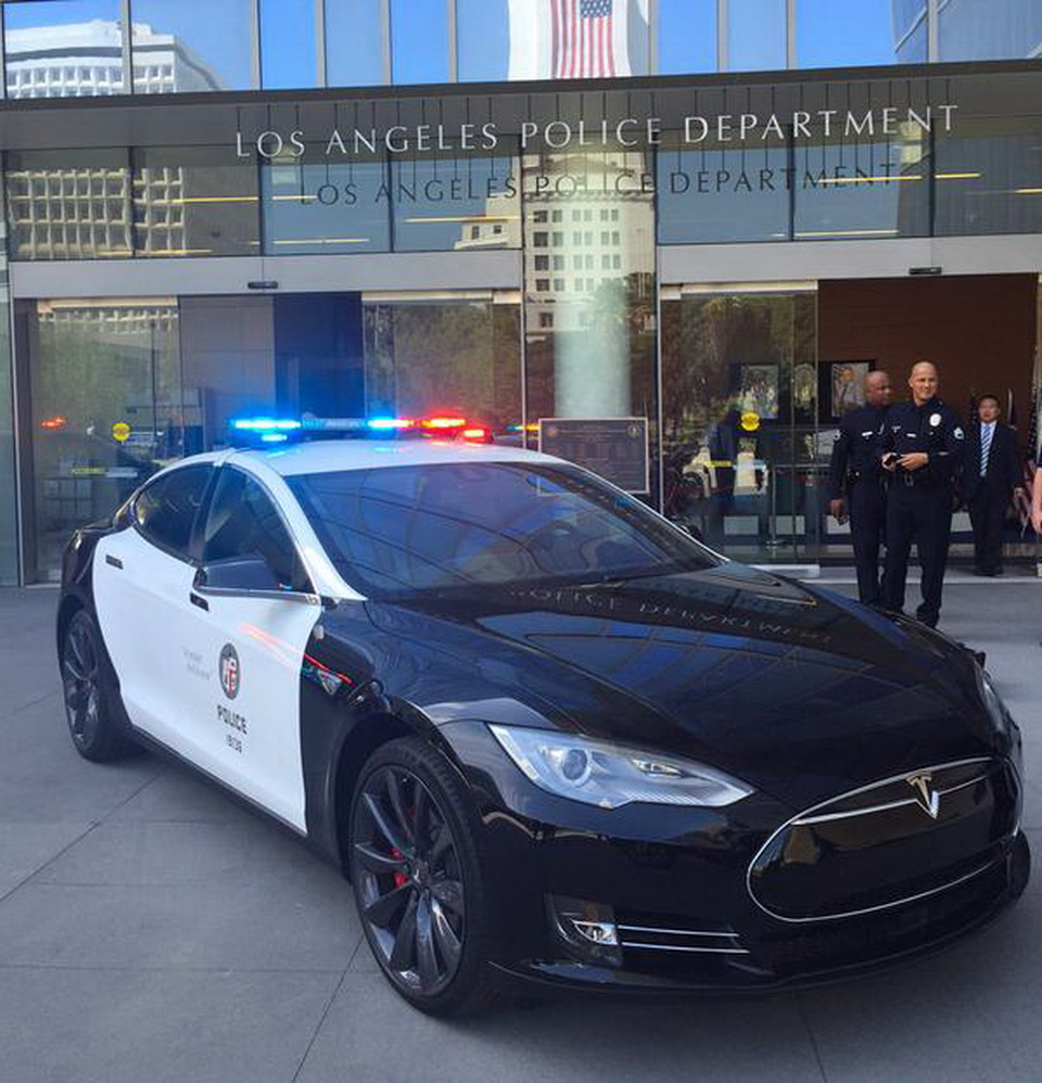 Tesla Police Cars Might Soon Become A Reality In The UK