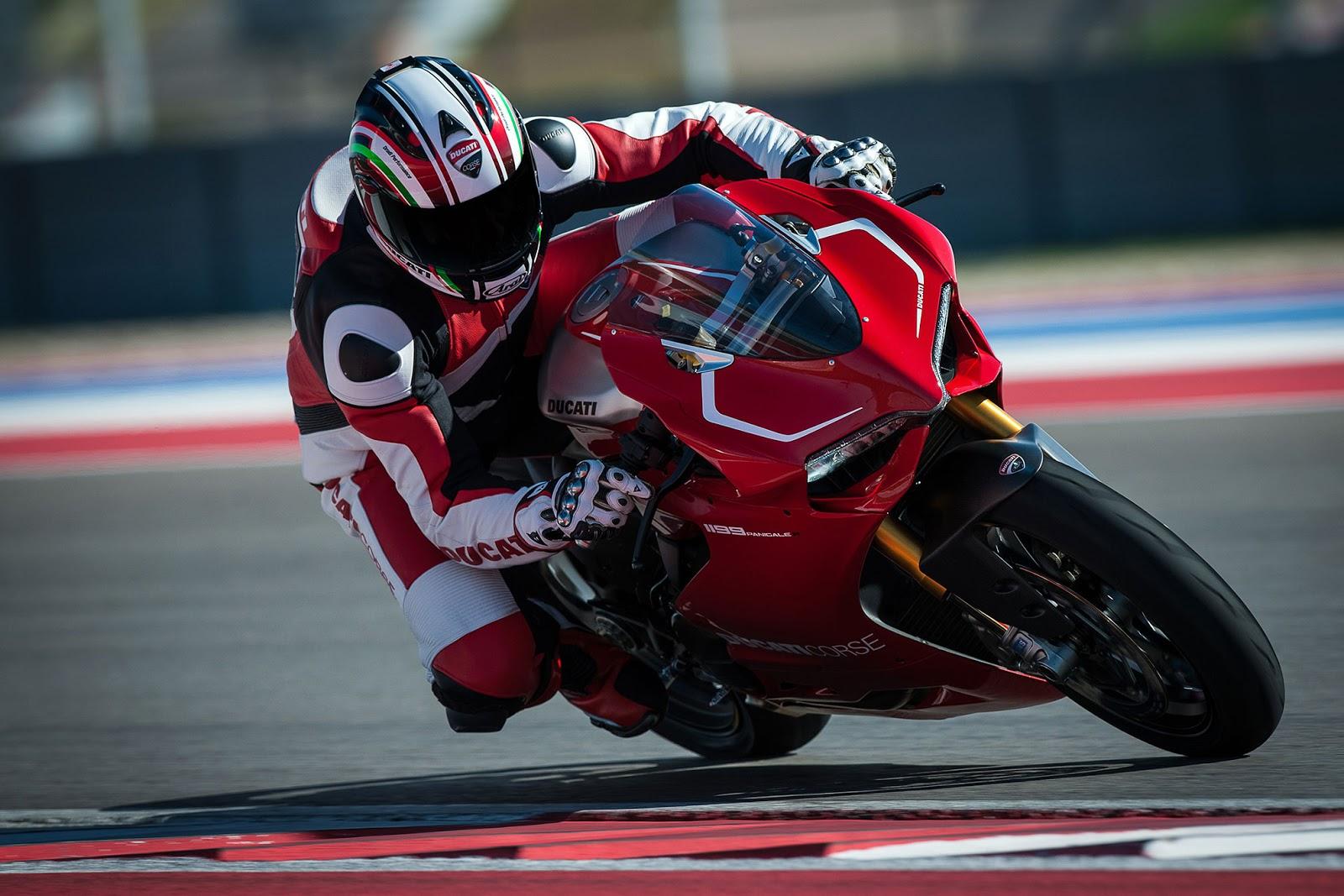 Ducati Workshop Manuals Resource  2015 Ducati Superbike