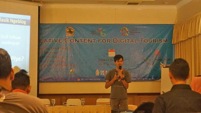 Pembicara pada Creative Content for Digital Tourism diselenggarakan oleh Disporapar Jawa Tengah tahun 2018