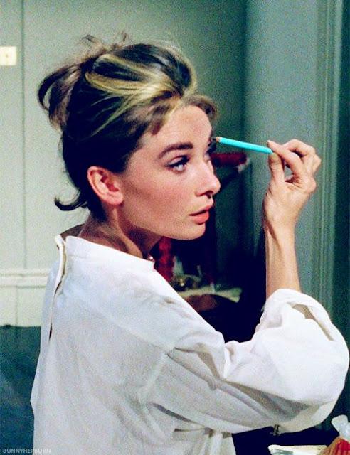 Audrey Hepburn cabelo em Bonequinha de luxo