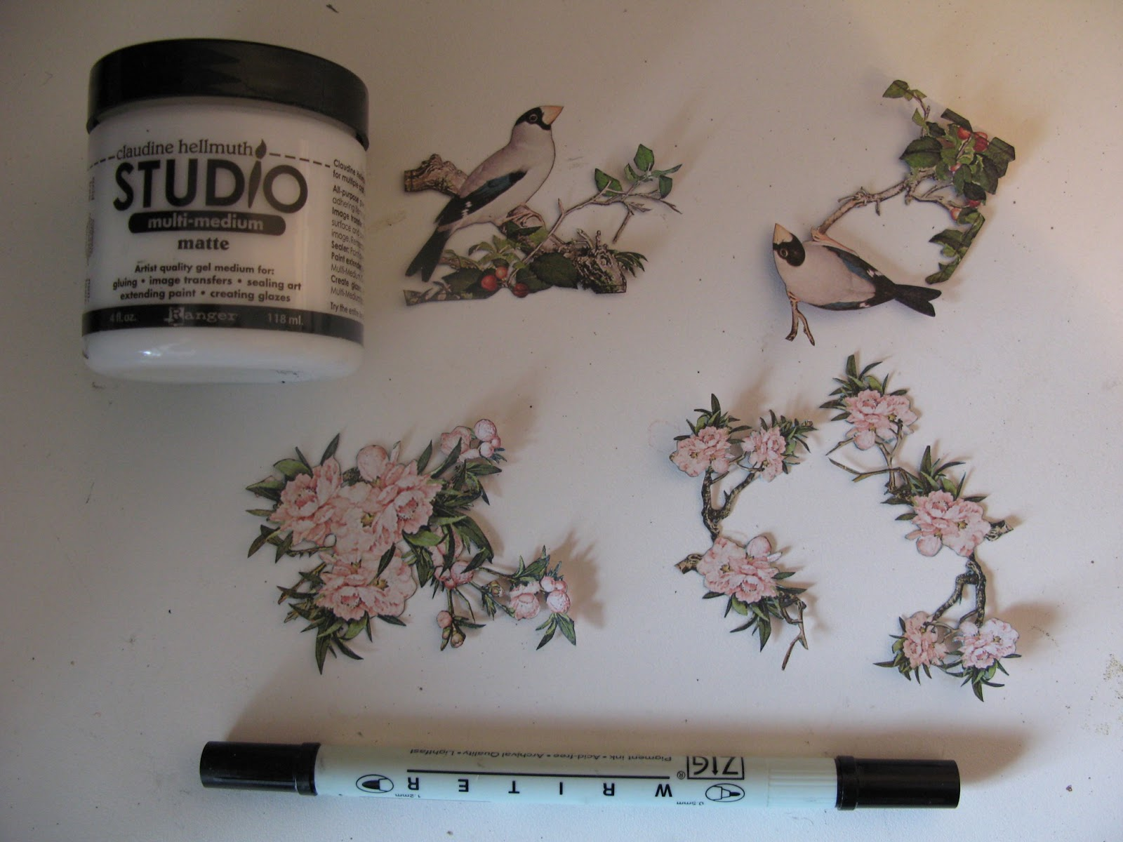Annes Papercreations Graphic 45 Bird Song Asian Clock
