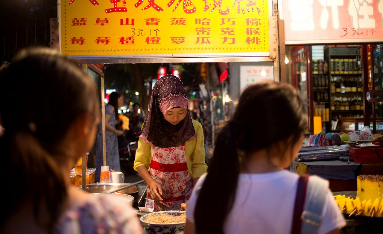 Resep Masakan Cina Halal Cwie Mie (cnbc.com)