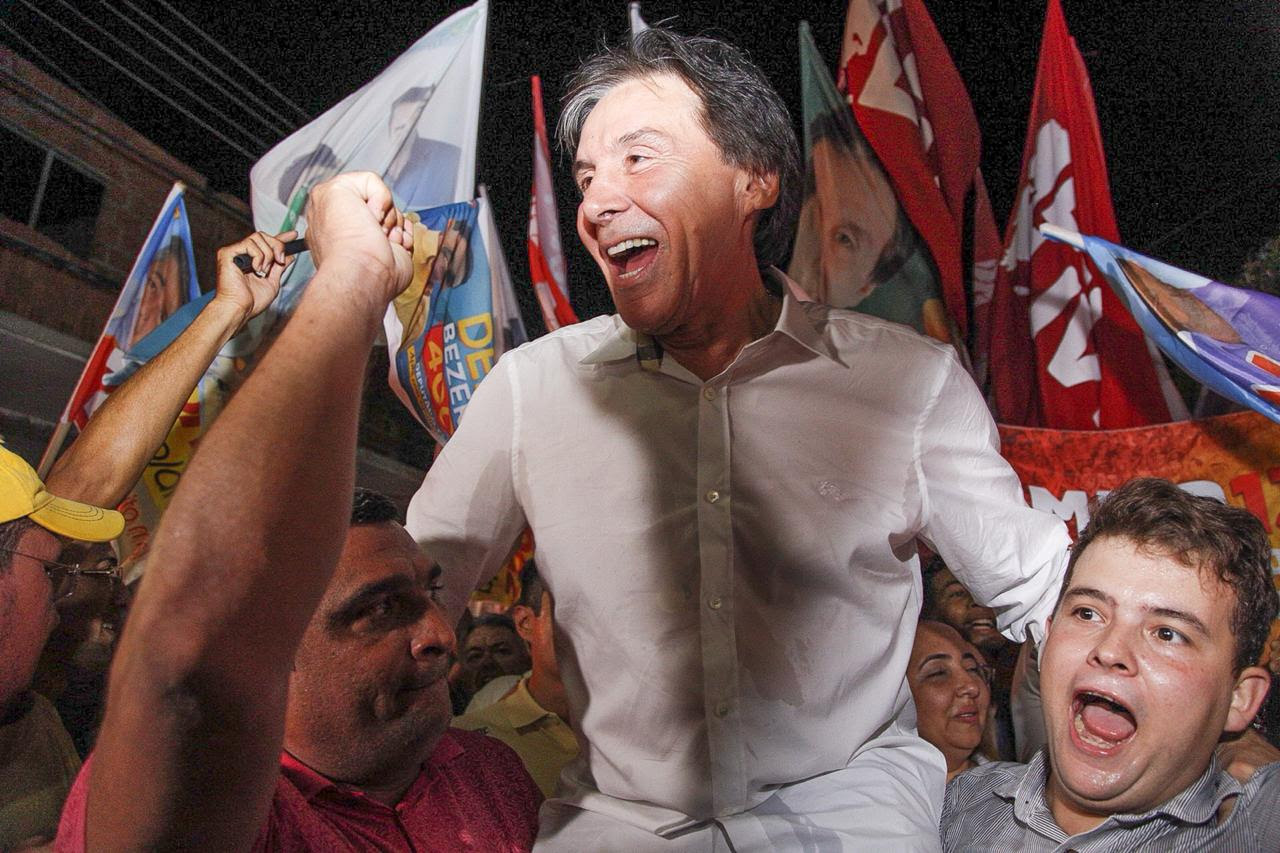 84866110c1297 Três mil pessoas foram às ruas da cidade destacar a luta por um Ceará cada  vez mais forte.