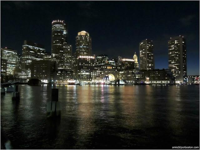 Noche del Puerto de Boston: Fan Pier