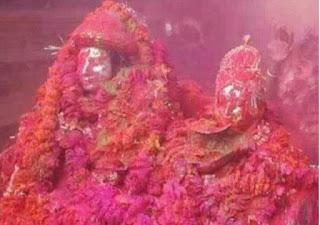 baba-vishwanath-holi