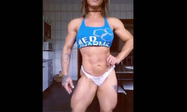 Clip Massive Female Bodybuilder Huge Biceps